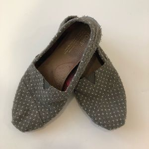 TOMS slip on gray polka dot shoes 7.5